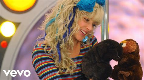 Robin Sparkles - Two Beavers are Better Than One (Official